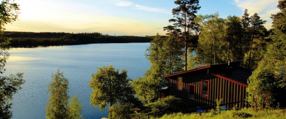 Hyr ut din stuga vid sjön.